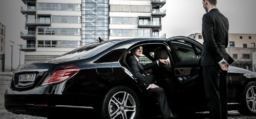 DFW-Airport-Corporate-Black-Limos-And-Taxi-Cars-Services.jpg