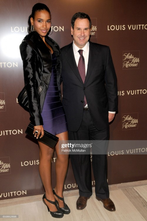 arlenis-sosa-and-steve-sadove-attend-louis-vuitton-2010-cruise-with-picture-id659862898s2048x2048.jpg