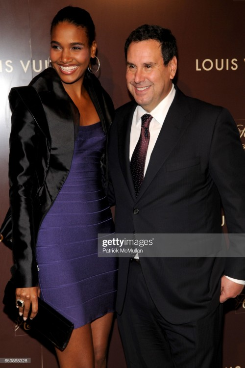 arlenis-sosa-and-steve-sadove-attend-louis-vuitton-2010-cruise-with-picture-id659868328s2048x2048.jpg