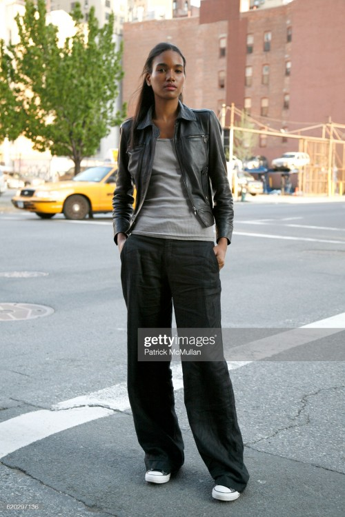 arlenis-sosa-attends-banana-republic-30-fall-holiday-collection-2008-picture-id620297136s2048x2048.jpg