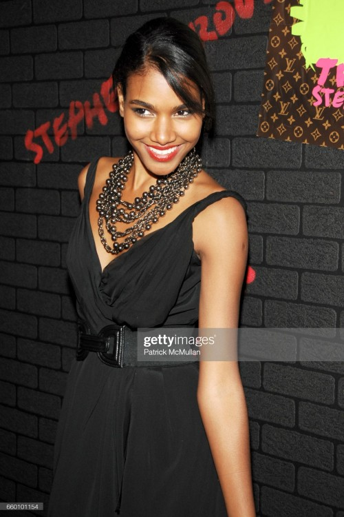 arlenis-sosa-attends-louis-vuitton-tribute-to-stephen-sprouse-vip-picture-id660101154s2048x2048.jpg